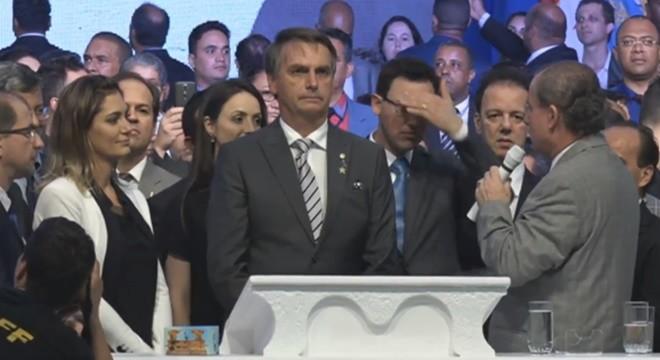 Bolsonaro-no-Gideões